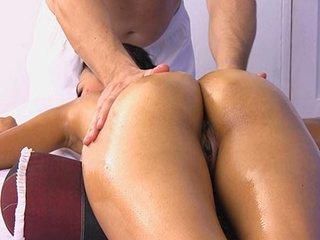 Strong man gives good massage to Kwanjai